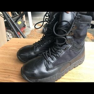 Free Soldier Men's Black Tactical Boots Size 8.5